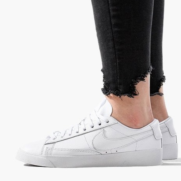 new product 5d6a0 e9c07 ♥️Nike Blazer Low LE Women's Sz 9♥️